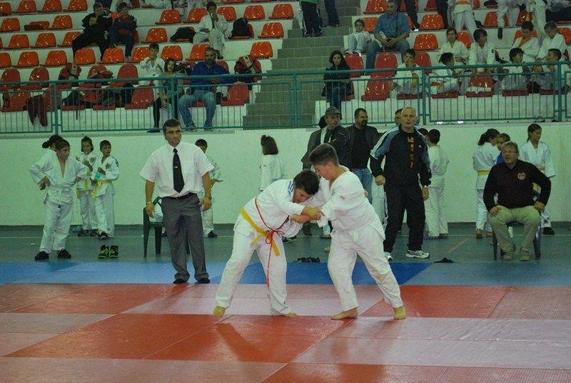 Judoka arădeni au primele concursuri pe tatami