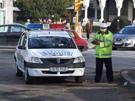 Polițiștii rutieri, în acțiune! Amenzi în valoare de 80.000 de lei, în doar 24 de ore