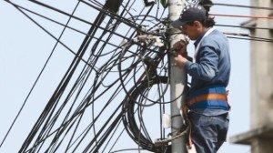 Aradul scapă de cablurile de pe stâlpi, în următorii trei ani