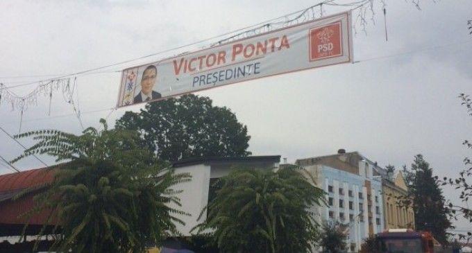 Victor-Ponta-bannere-3-e1412254093626-680x365