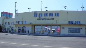 CJ negociază cu dezvoltatori de rute aeriene readucerea Aeroportului Arad în circuitul internațional