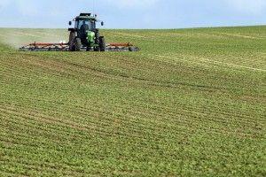 SPRIJIN FINANCIAR DE 822 DE MILIOANE DE LEI PENTRU AGRICULTORI