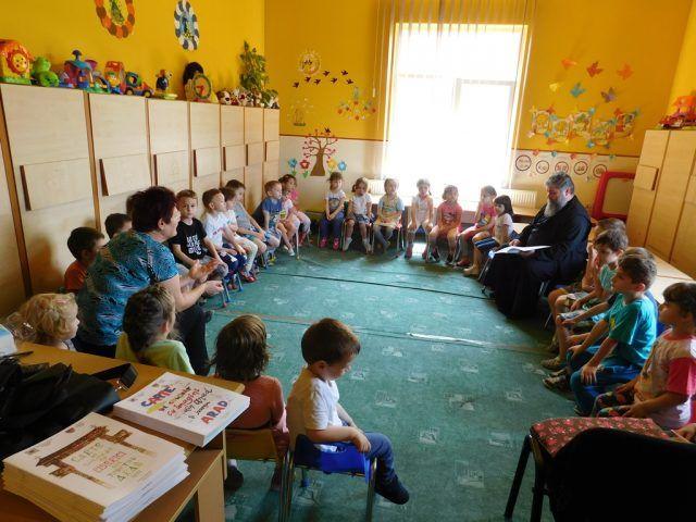 PROGRAM EDUCATIV-RELIGIOS LA GRĂDINIȚA P.P. 12 GRĂDIȘTE