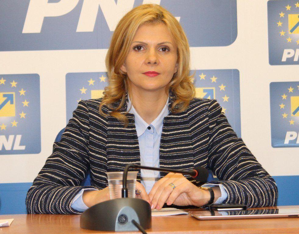 Boghicevici face eforturi supraomenești să demonstreze că e paralelă cu problemele județului