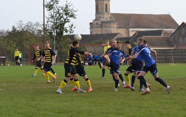 Meciuri tari în etapa din Liga a IV-a. Program şi clasament