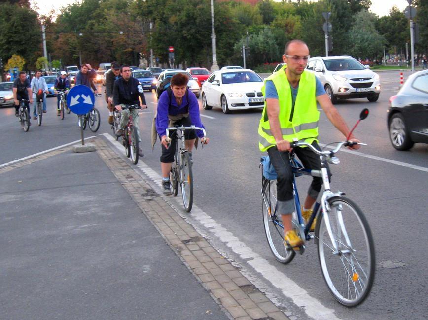 Noi reguli de circulație pentru bicicliști!