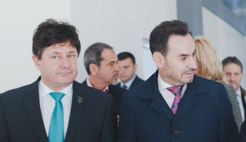 """Noi conflicte în PNL Arad. Falcă a """"sărit"""" la gâtul lui Cionca şi Tipei"""