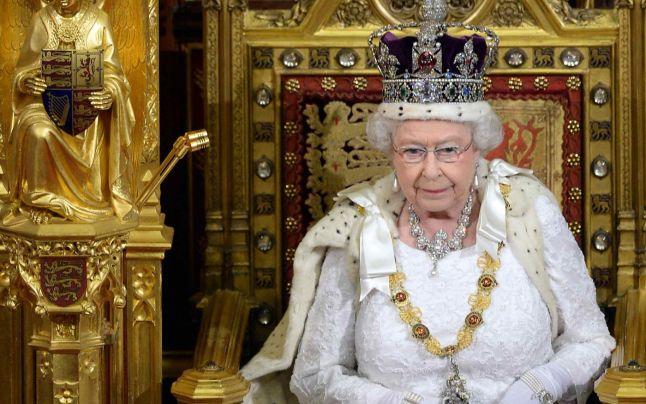 Te-ai întrebat vreodată ce primește o regină de ziua ei? Acum poți afla!