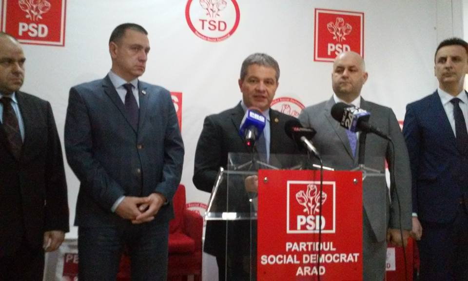 Ministrul Sănătăţii, Florian Bodog, este prezent la Arad. Veşti bune pentru Judeţean