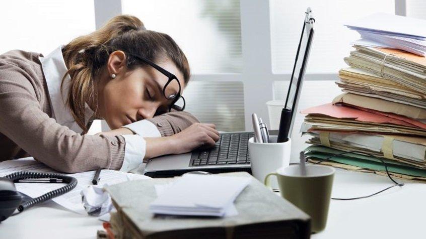 Te simți mereu obosit? Vezi ce afecțiuni s-ar putea ascunde în spatele oboselii