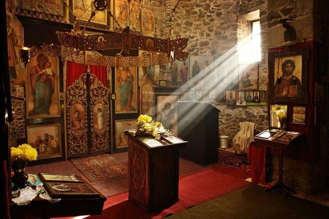 """Creștinii ortodocși intră de astăzi în """"Săptămâna Albă sau a brânzei"""""""