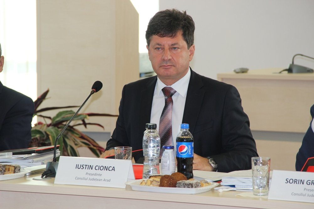 Iustin Cionca se pregăteşte să preia puterea în PNL Arad
