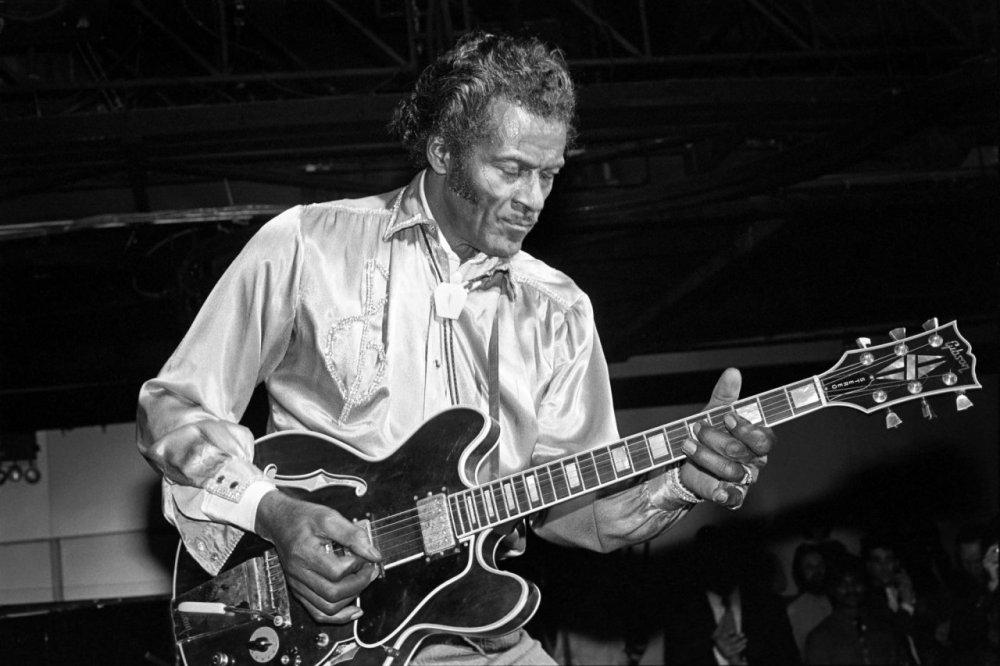 A mai plecat o legendă. Chuck Berry a murit, la 90 de ani