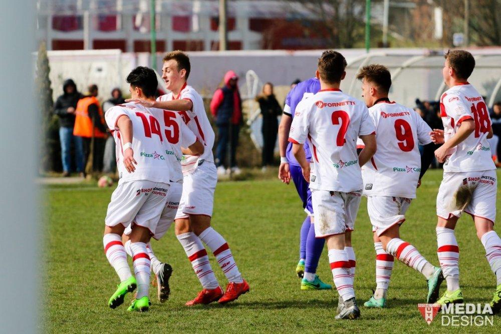 Juniorii UTA-ei pregătesc semifinala Cupei României U19