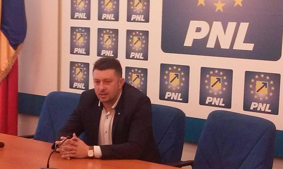 """Călin Abrudan: """"Trebuie să terminăm cu dictatura din PNL Arad"""""""