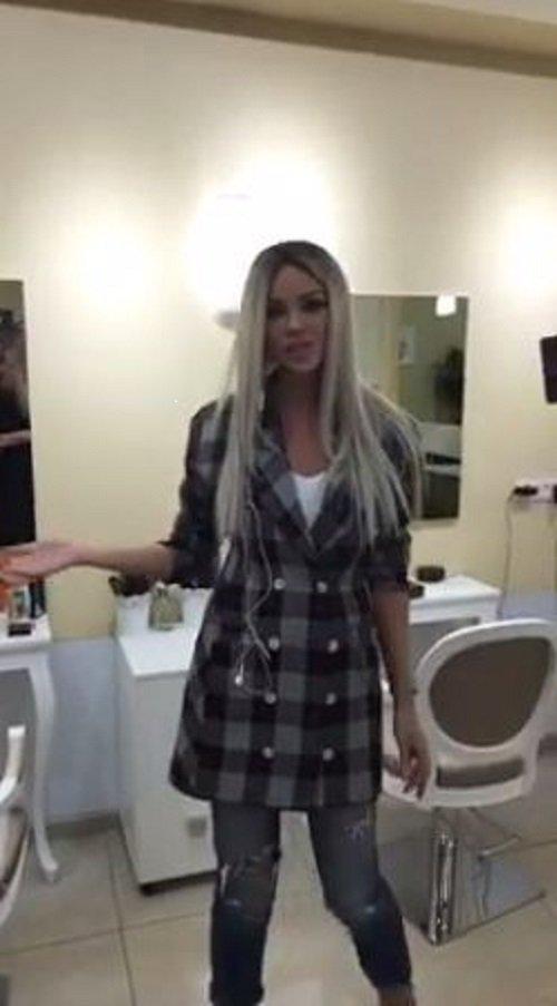 Bianca Drăgușanu se îmbracă și de la second-hand