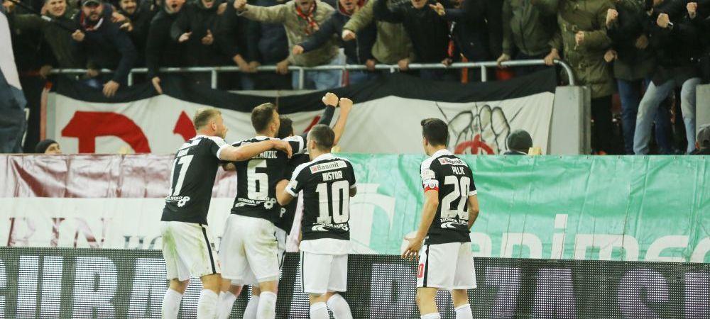 Dinamo şi ACS Poli îşi dispută, sâmbătă, trofeul Cupei Ligii