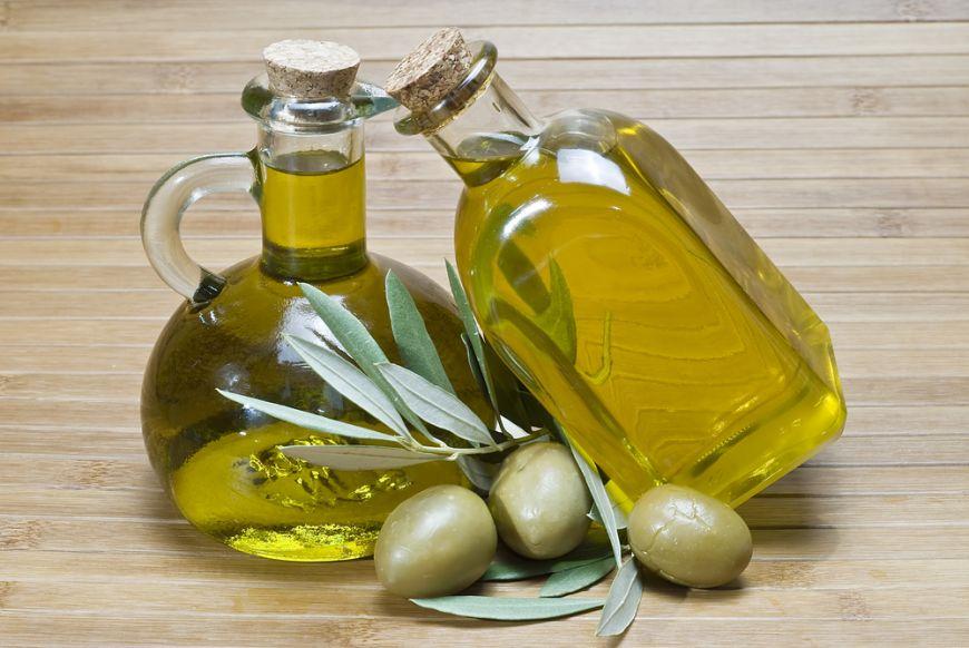 De ce ar trebui să consumăm zilnic o linguriță de ulei de măsline