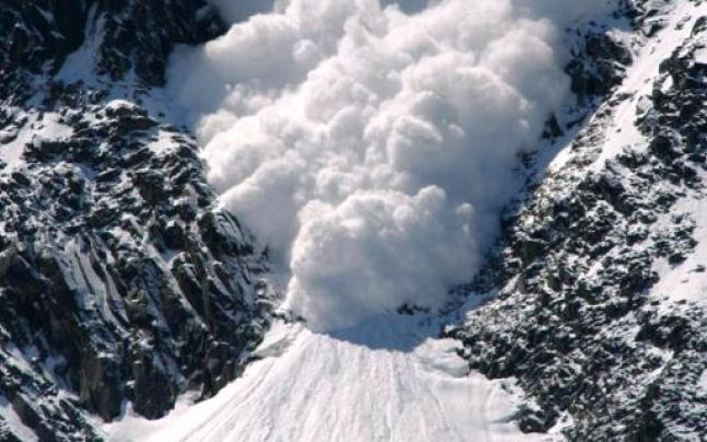 Avalanșă în Munții Retezat. Doi copii au decedat