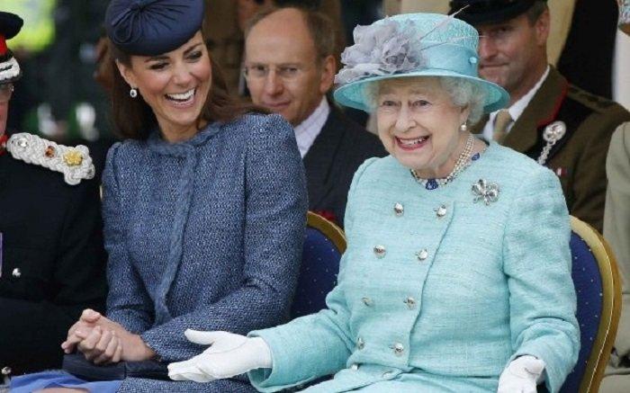 Regina Elisabeta a II-a, la 91 de ani