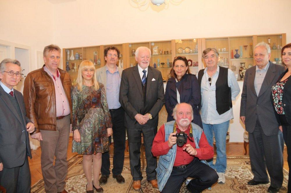 Parteneriat între UVVG Arad şi Aristoteles Workshop