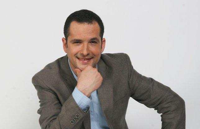 Mădălin Ionescu și-a mai luat un job