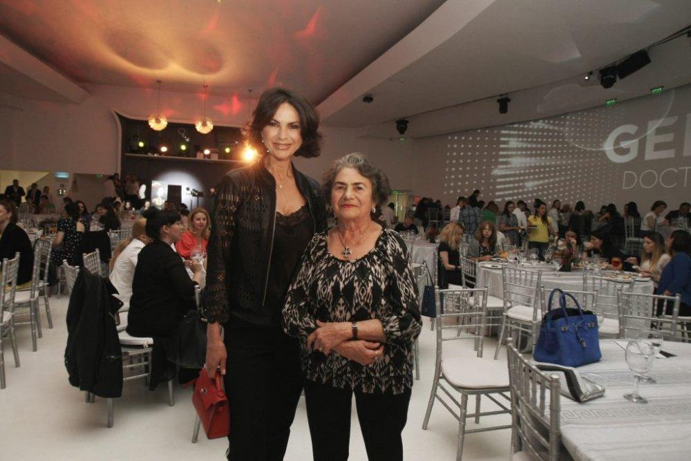 Mama Ramonei Bădescu, impecabilă la 81 de ani