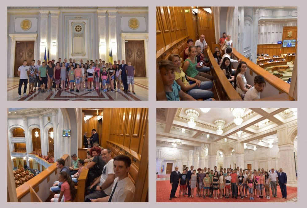 Elevii distinşi la Cupa Ienopolis, oaspeţii parlamentarilor PSD Arad, la Palatul Parlamentului