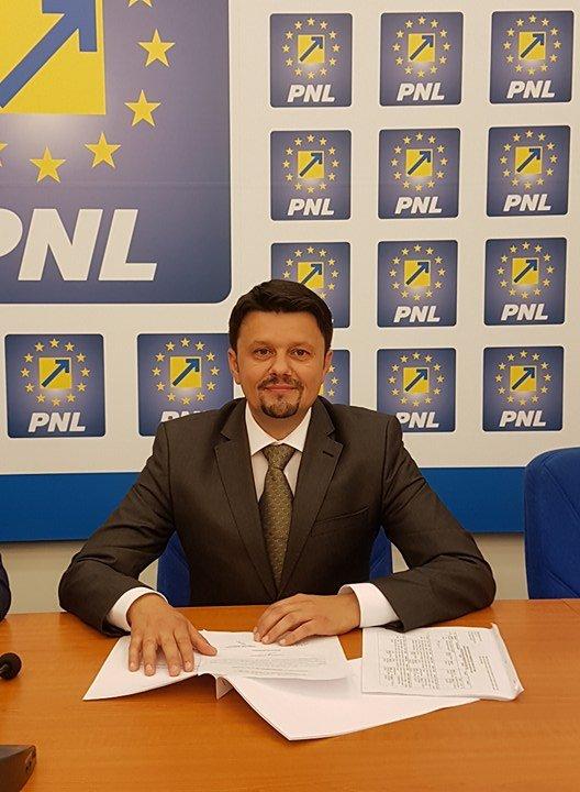 """Ionel Bulbuc (PNL): """"Lupta dintre Dragnea și Tudose distruge România!"""""""