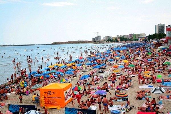 Cât costă o zi de plajă pe litoralul românesc