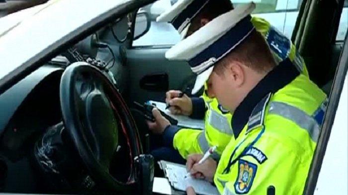 Arad: 17 permise de conducere reținute și 185 de amenzi, în doar 24 de ore