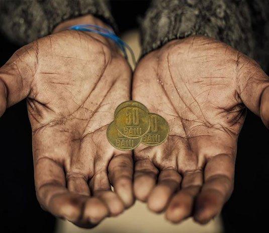 O treime din tinerii din România trăiesc în sărăcie