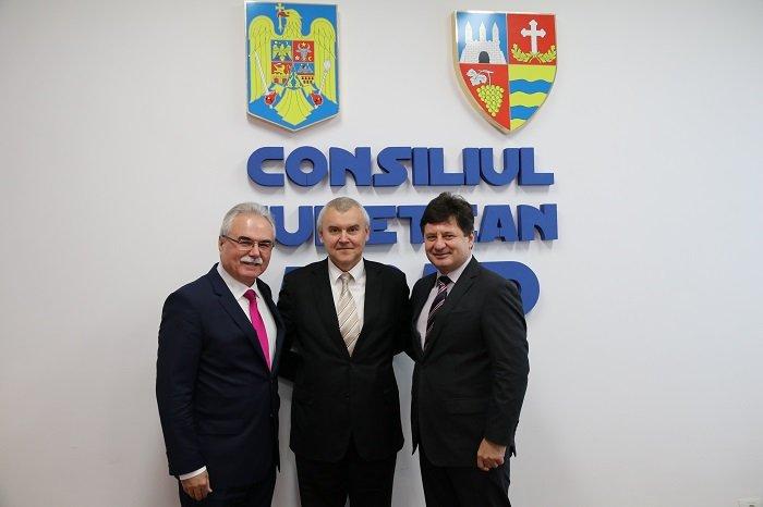 Președintele CCIA , întâlnire de lucru cu Ambasadorul Republicii Belarus