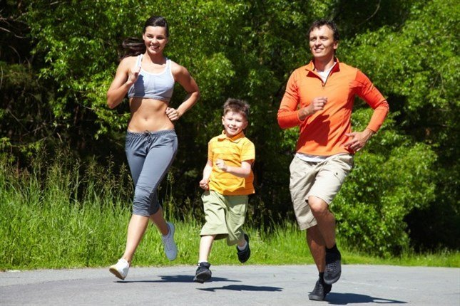 Ce este mai sănătos: mersul pe jos sau alergatul?