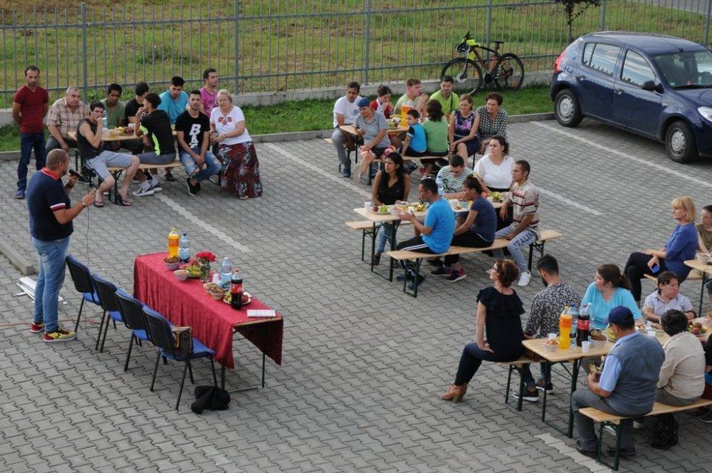 Sociologul Luca Vincenti s-a întâlnit cu tinerii de la Centrul Social cu Destinaţie Multifuncţională