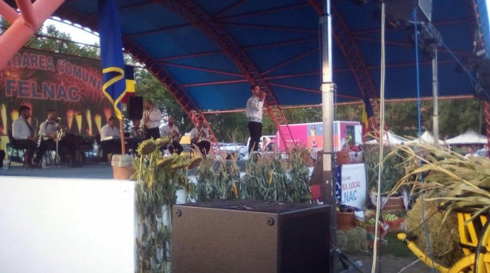 (FOTO) Mii de persoane au participat la Sărbătoarea comunei Felnac