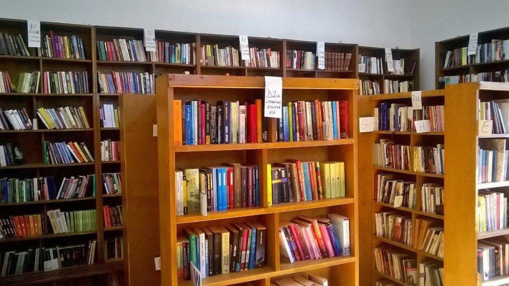 Se pot împrumuta cărți de la Biblioteca Județeană și sâmbăta