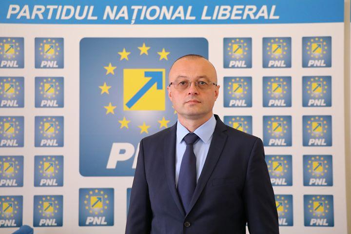 """Dorin Stanca: """"Cer răspicat guvernanţilor să pornească o reformă administrativă autentică!"""""""