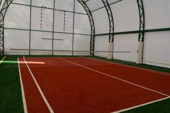Sală de sport pentru iubitorii tenisului cu piciorul