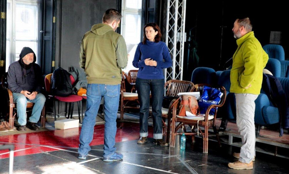"""Final de an cu două premiere la Teatrul Clasic """"Ioan Slavici"""" Arad"""