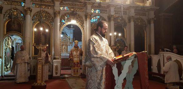 """PS Emilian Crișanul: """"Poruncile nu trebuie respectate doar de dragul legii, ci pentru a crea legături bune între noi, oamenii, și cu Dumnezeu"""""""