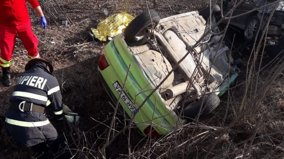 (FOTO) Accident grav la Nădab. O persoană a decedat
