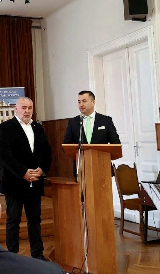 """(FOTO) """"Rădăcini și aripi"""", conferința pedagogilor români din Ungaria"""
